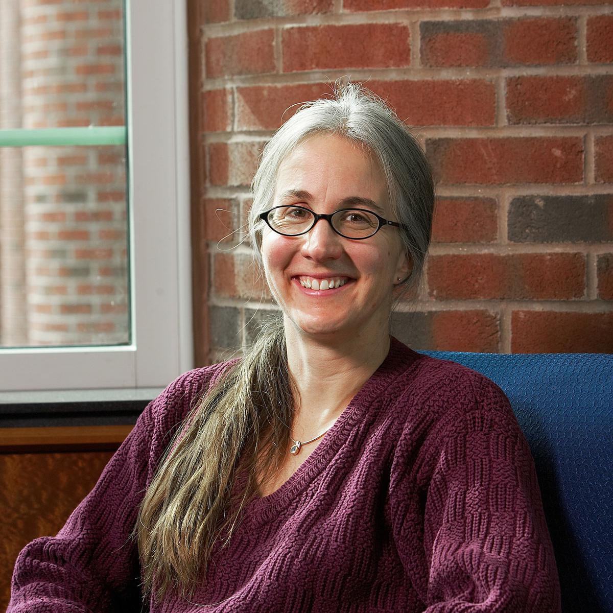 Linda Ross Meyer